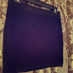 2/10$ Forever 21 Black Knit Mini skirt
